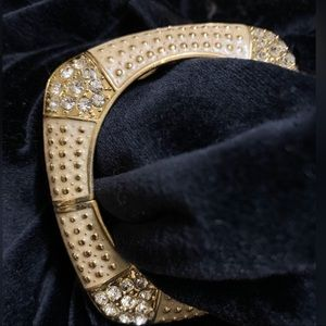 Jewelry - Hinged Bangle Bracelet